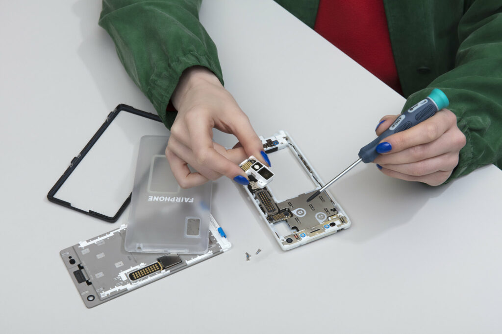 Removing a few screws to upgrade a smartphone
